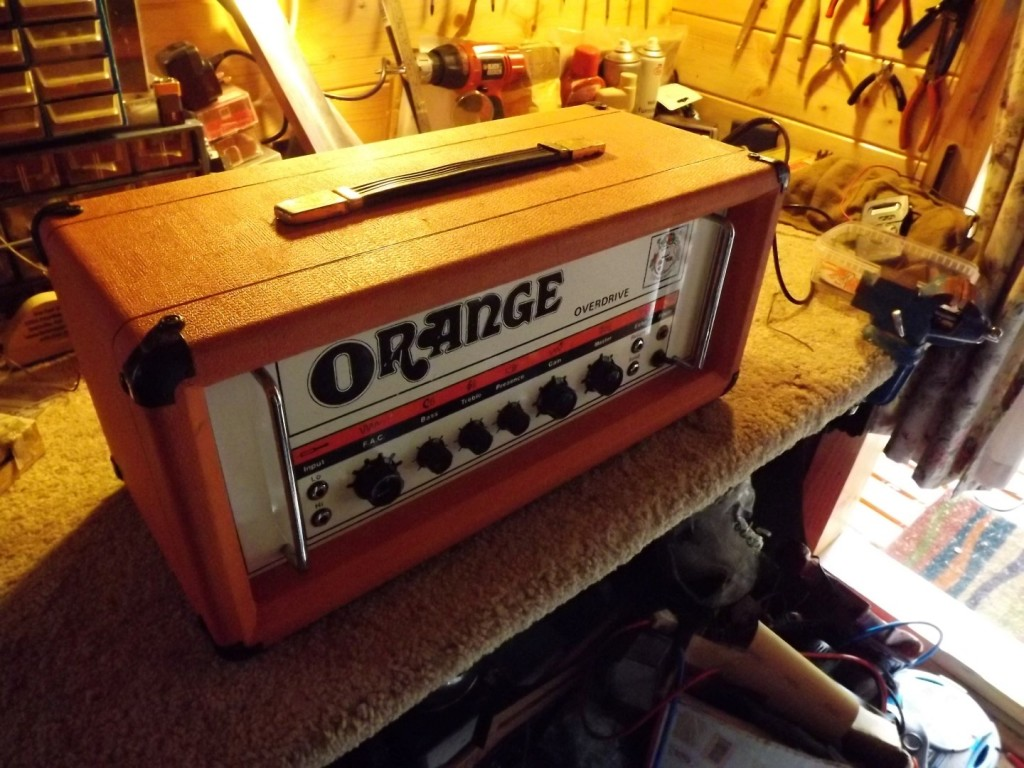 Great 1979 Amplifier with a few minor issues