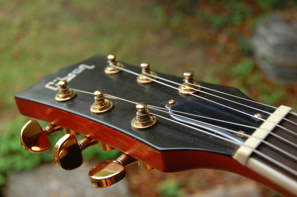 Simple Headstock
