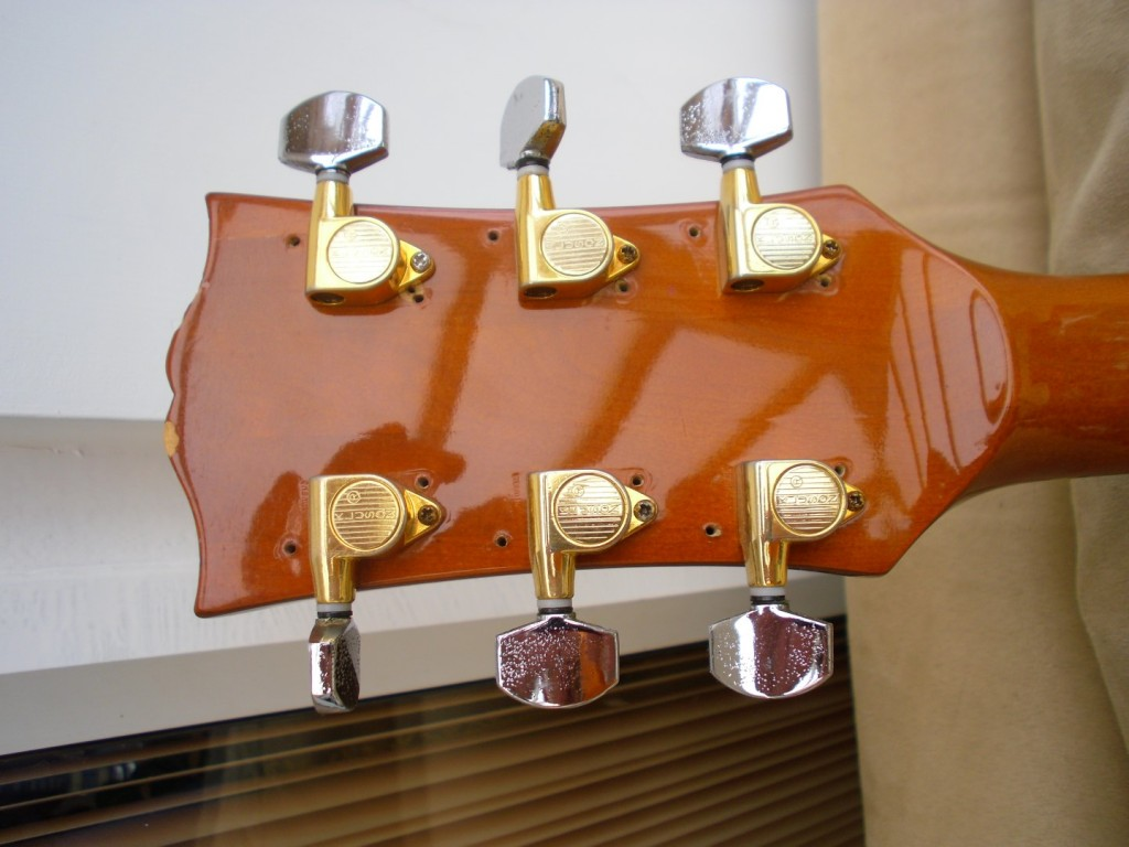 Nice Kluson Tuners originally on an acoustic with wood buttons that broke..