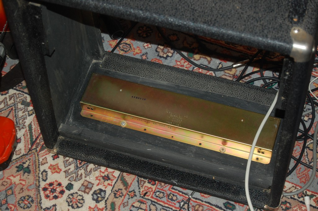 New reverb tank installed as other one caused nasty feedback (the 79 one had no issues.. I had to mount this one in a bag in the end to keep it quiet