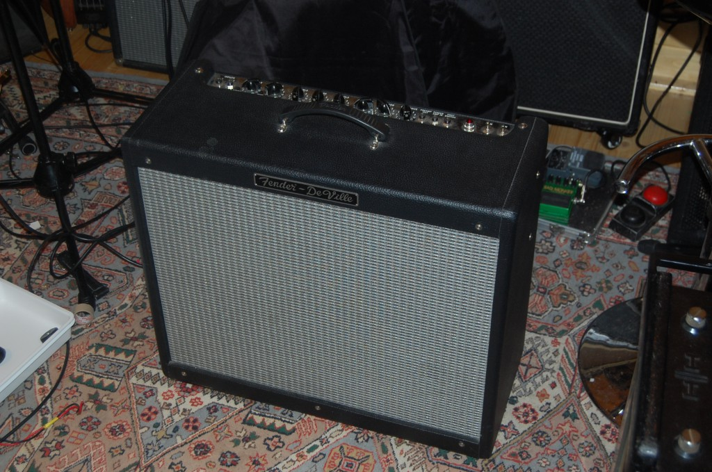 Fender Blues Deville 2x12