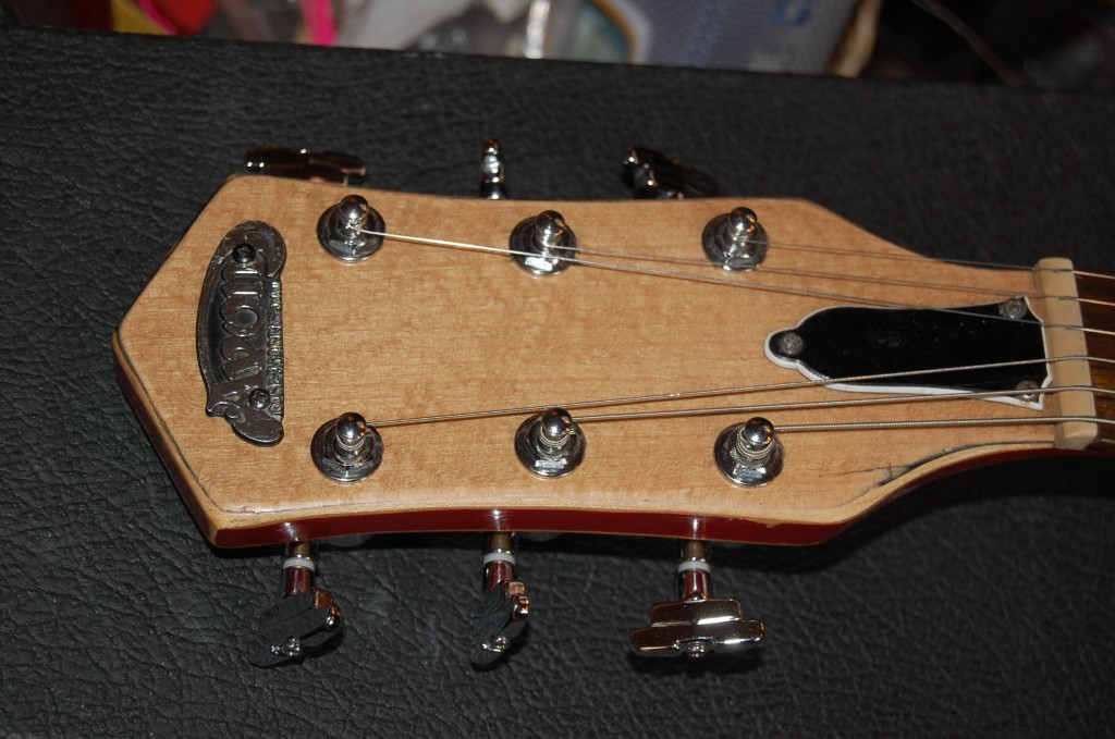 Headstock looks good IMHO