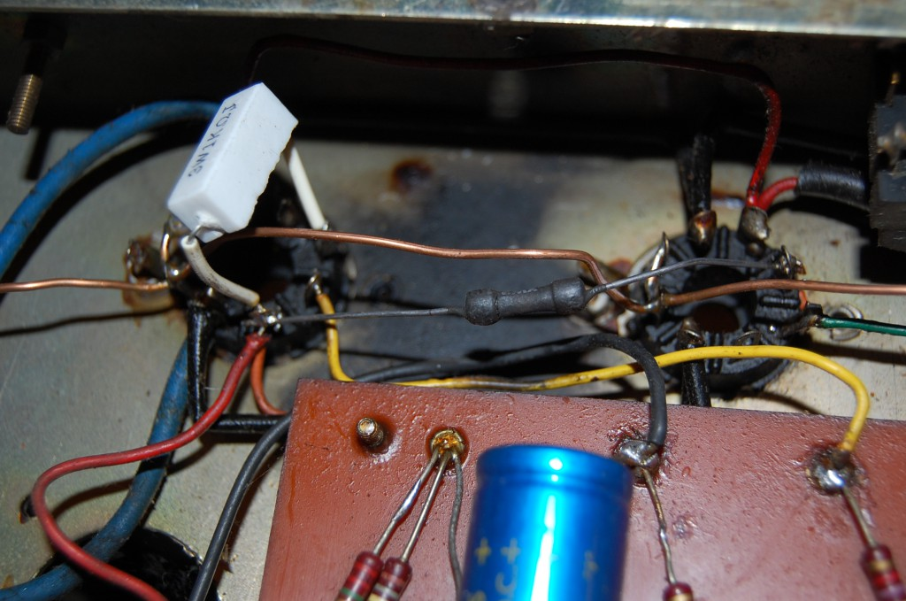 2 screen resistors look a little fried but test good. Other two have been replaced