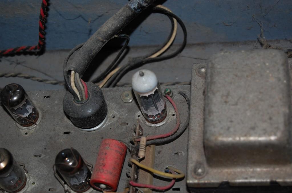 Yep that will not be working... no vacuum left